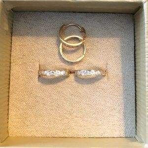 14k yellow gold CZ hoop earrings 2 pairs